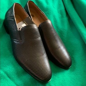 New Men's Black Dress shoes size 11 loafers